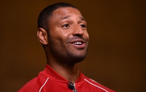 Let's make Kell Brook fight happen in 2017 says English rival Amir Khan