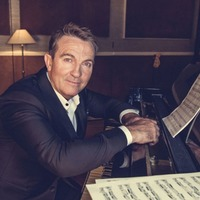 Bradley Walsh is the UK's most successful new artist of 2016