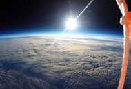 Students film stunning images of the Earth's curvature using a weather balloon