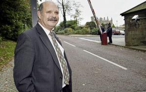 Memorial to David Ervine unveiled in east Belfast