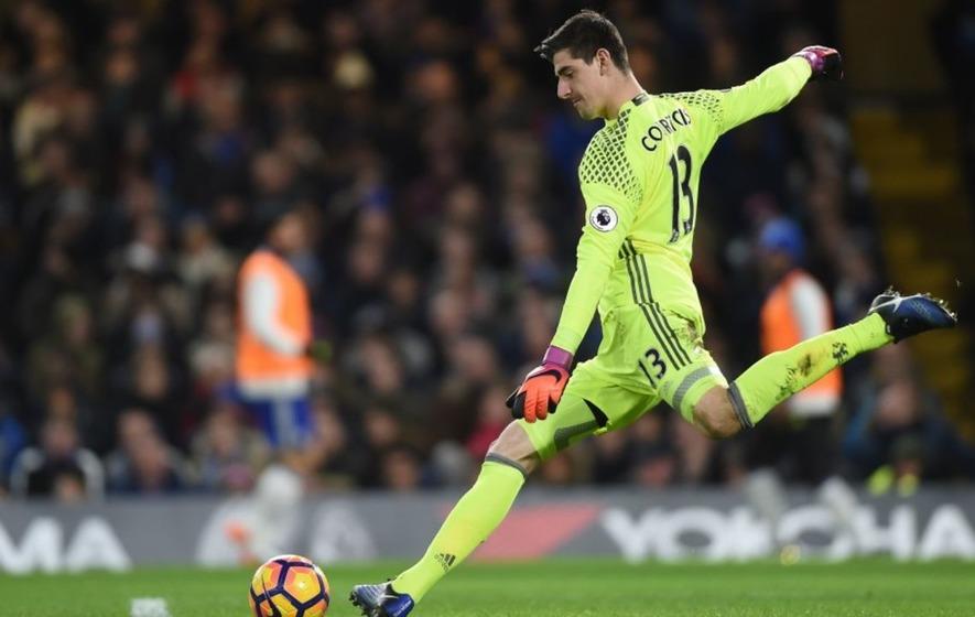 Chelsea goalkeeper Thibaut Courtois proves he's got it all ...