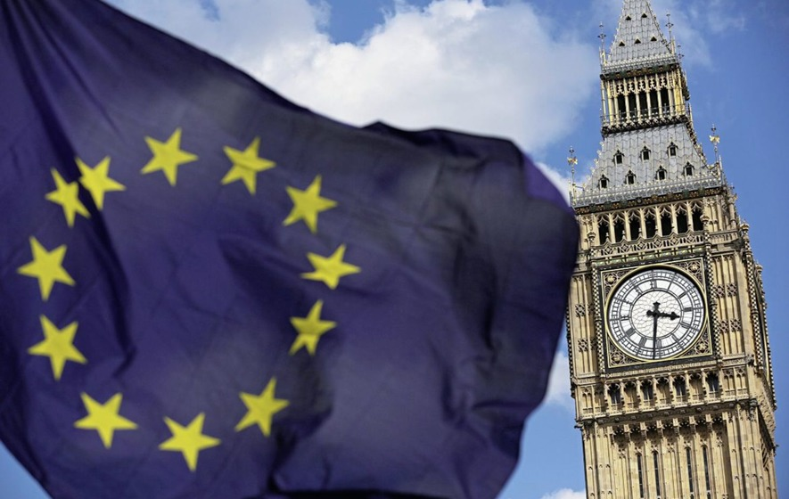 UK financial sector could lose 200,000 jobs over Brexit uncertainty, MPs told