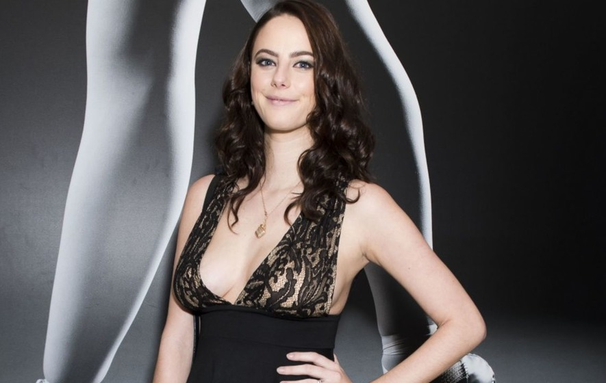 Kaya Scodelario shares breastfeeding snap as she gets ...