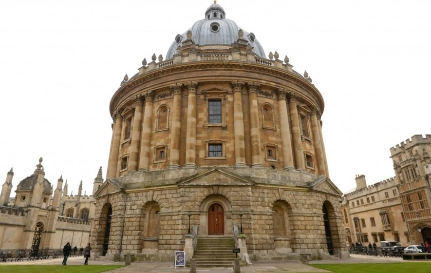 This student turned her Oxford rejection letter into something incredibly beautiful