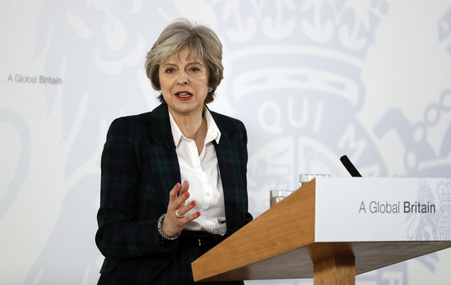 MPs and peers to get votes on final Brexit deal, says Theresa May