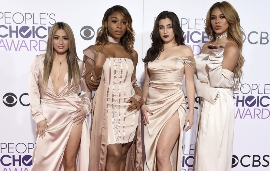 Fifth Harmony perform as a four-piece for the first time at People's Choice Awards