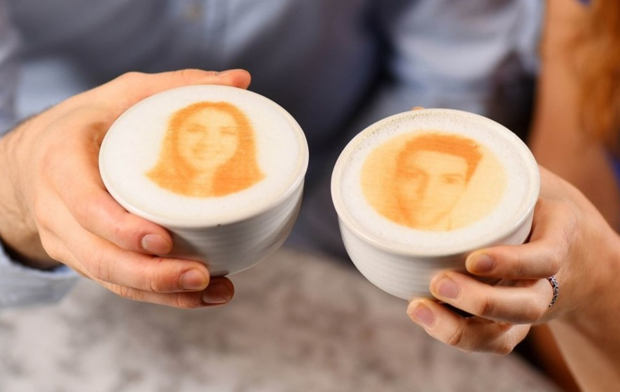 This coffee shop is using 3D printers to get you a date