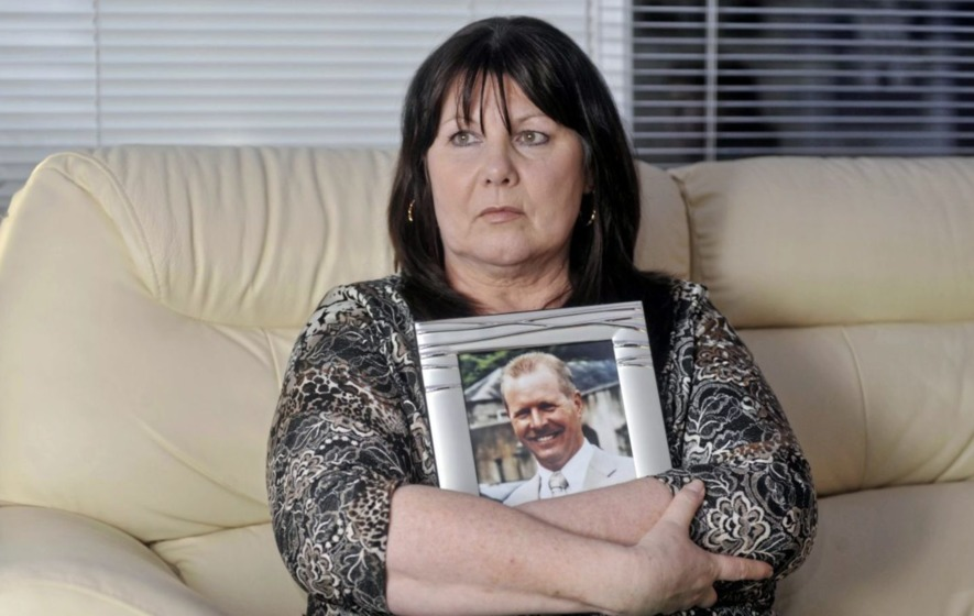 Widow of PSNI officer hails Martin McGuinness for denouncing 'traitors'