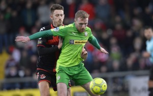 Irish Premiership: Crusaders edge out Cliftonville at Seaview