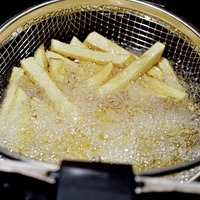 Warning roasting and frying starchy foods could increase cancer risk