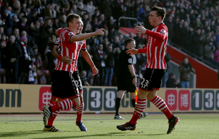 Southampton show up reigning champions Leicester at St Mary's