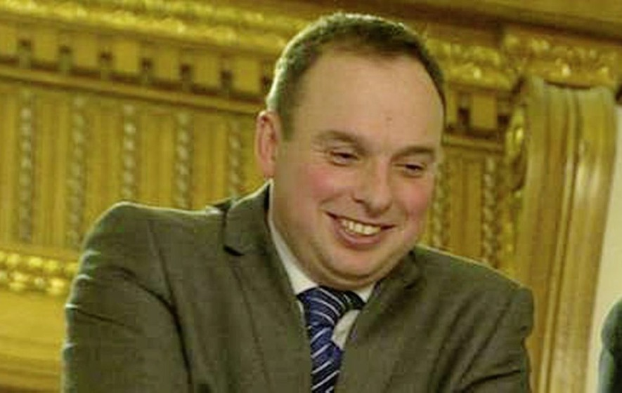 Stormont special adviser pay 'must be reviewed'