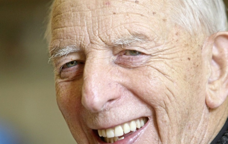 All-Ireland hurling champions Tipperary to play tribute match to late Fr Alec Reid in Belfast