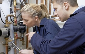A third of apprentices leaving without qualifications