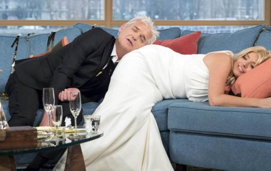 Will Holly Willoughby And Phillip Schofield Get Drunk