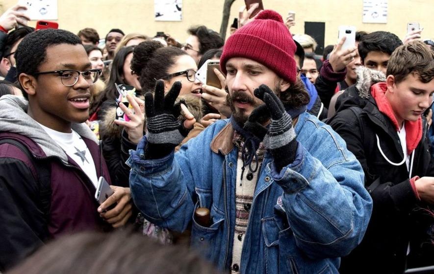 Shia LaBeouf bol v New Yorku zatknutý pre podozrenie z napadnutia