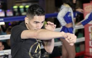 Warrior Carl Frampton will prevail in battle against Leo Santa Cruz