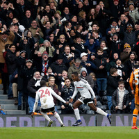 Fulham into FA Cup fourth round following easy win over Hull
