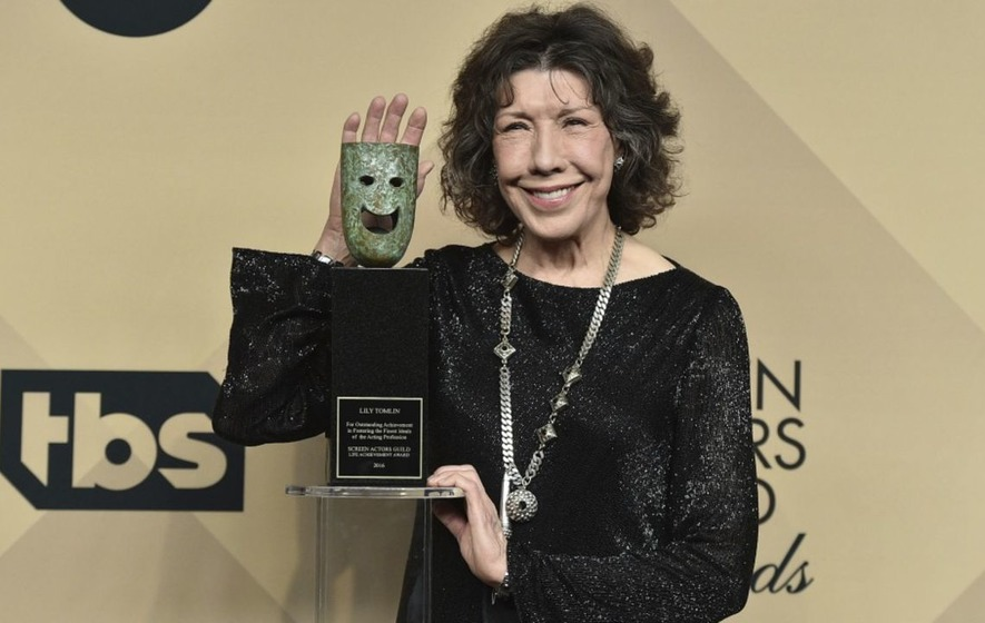'Don't leave the house drunk' - Lily Tomlin gave the best life advice at the SAG Awards