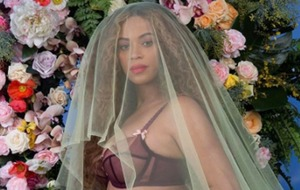 Solange shares stunning pregnancy photo of Beyonce as her family celebrate baby news