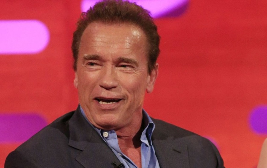 Arnold Schwarzenegger offers to trade Apprentice role for presidency