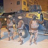 Hundreds arrested in anti-terror crackdown in Turkey