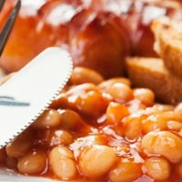 This cafe set breakfast-lovers a challenge to polish off its 4,000 calorie full English
