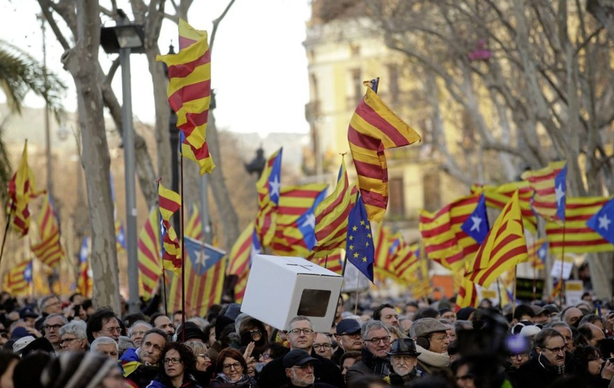 Thousands on streets as former Catalonian president goes on trial over independence vote
