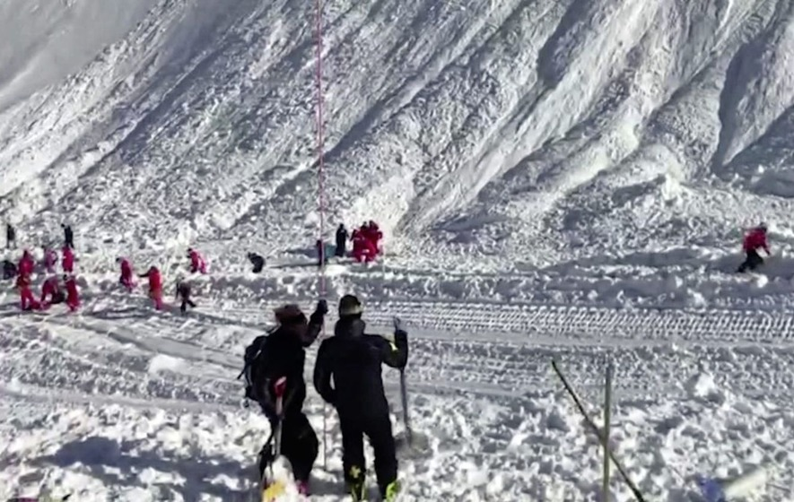 Four skiers dead and five missing following avalanche in French Alps
