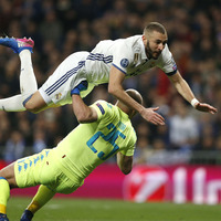 Real Madrid come from behind against Napoli to take first leg lead