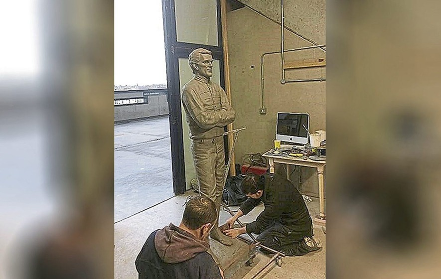 Statue dedicated to jockey AP McCoy to be unveiled on Cheltenham Festival opening day