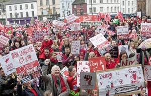 Protesters call for Irish language act