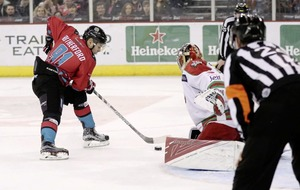 Belfast Giants' title hopes dashed by double defeat to Cardiff Devils