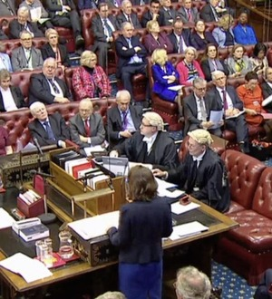 PM tells House of Lords not to frustrate Brexit bill's progress