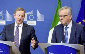 Enda Kenny insists on united Ireland clause in Brexit deal