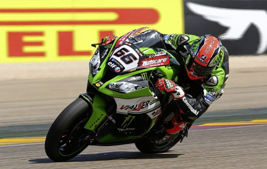 Jonathon Rea takes two wins on opening day of defence of World Superbike title