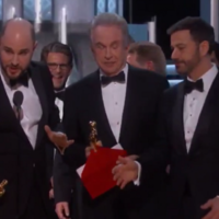 Chaos at the Oscars after La La Land named best picture in mix-up