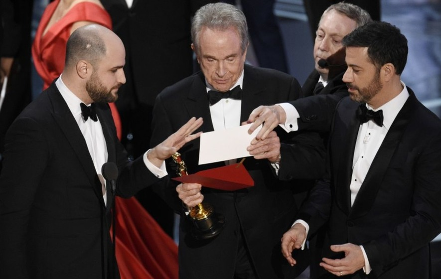 Jimmy Kimmel breaks down everything he thought during the Oscars best picture chaos
