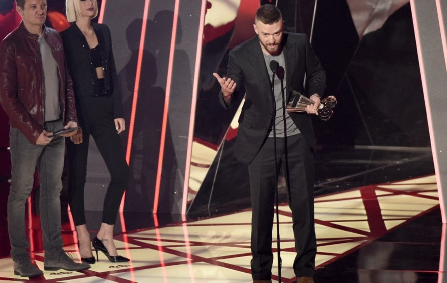 Video: Justin Timberlake gives rousing speech celebrating 'different' youngsters at iHeartRadio Music Awards