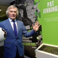 Pat Jennings confident Mauricio Pochettino will stay with Spurs