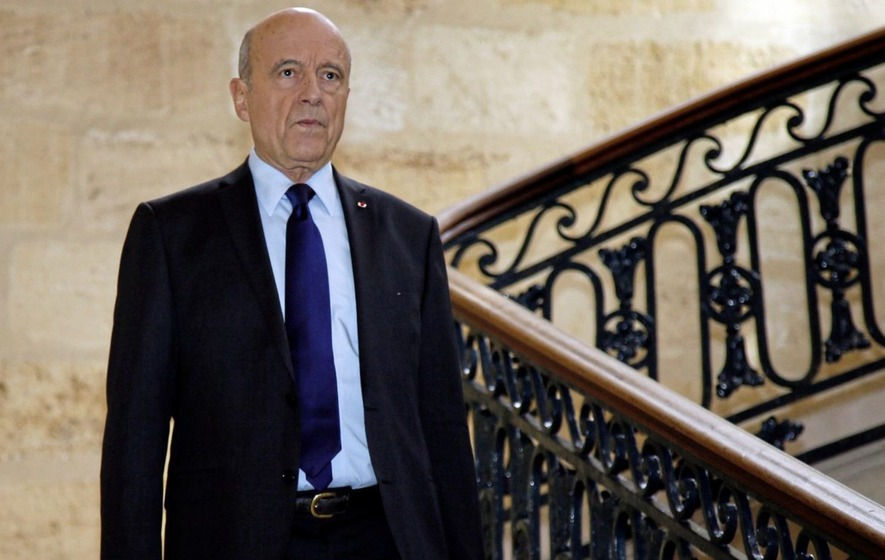 Sarkozy, Juppe discussed French presidential candidate Fillon's situation on Saturday