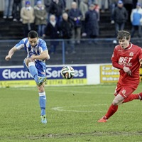 Coleraine aim to keep pressure on Cliftonville in battle for third