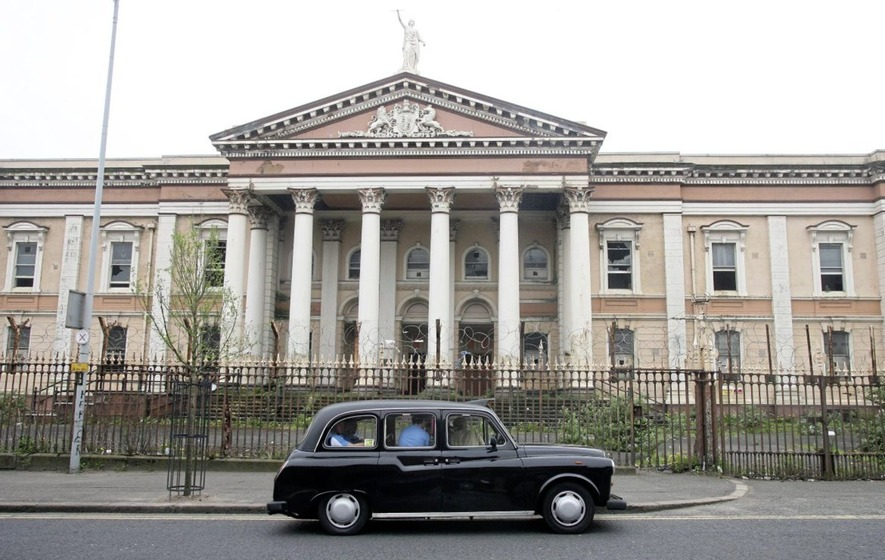 Crumlin Road Courthouse is to be transformed into a £25m luxury hotel
