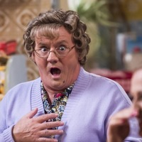 Mrs Brown and Aled Jones to appear at Symfunny Parkinson's fundraiser