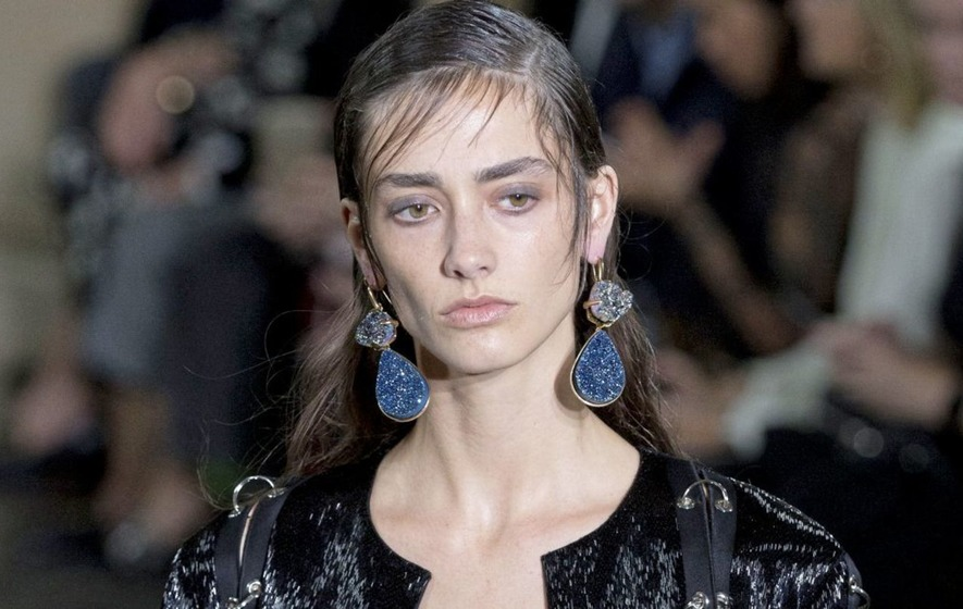 FASHION – Earring the style changes for the season ahead