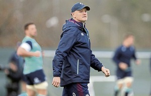 Joe Schmidt steers clear of war of words with Eddie Jones