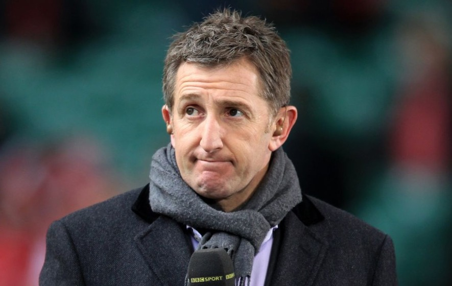 Rugby commentator Jonathan Davies lost his voice during Wales v France and the internet felt his pain
