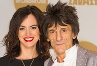 Ronnie Wood: Snuggling up with wife and daughters 'my idea of heaven'