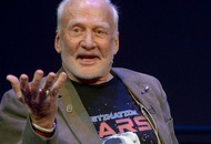 Buzz Aldrin wants to take you to Mars in virtual reality