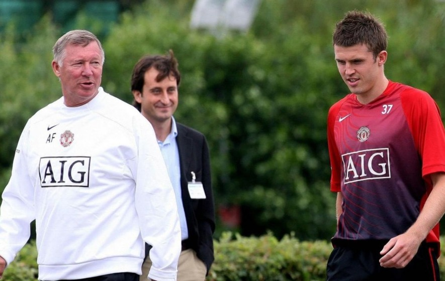 Manchester United are set to welcome Sir Alex Ferguson back to the dugout